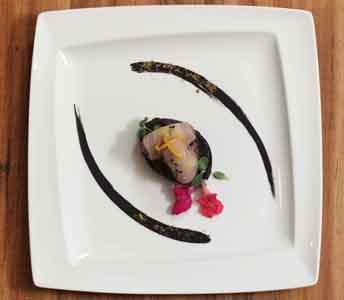 Ricette grandi chef pesce spada su gremolata di cipolla for Alta cucina ricette