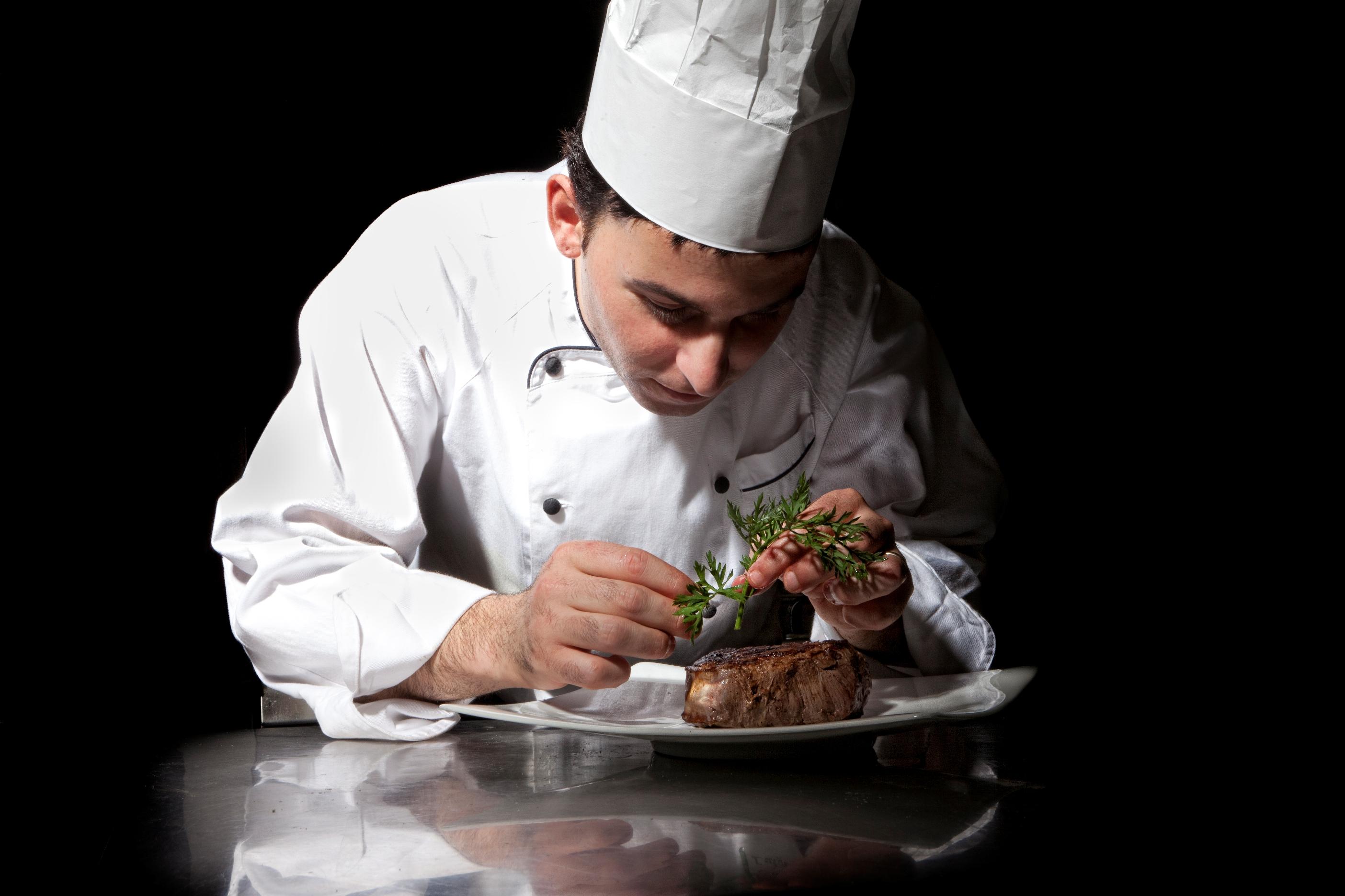 Luigi lionetti il nuovo executive chef dell hotel punta tragara - Cucina molecolare chef ...